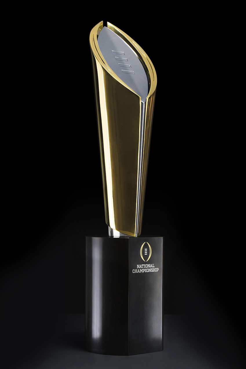 img-trophy-threequarter